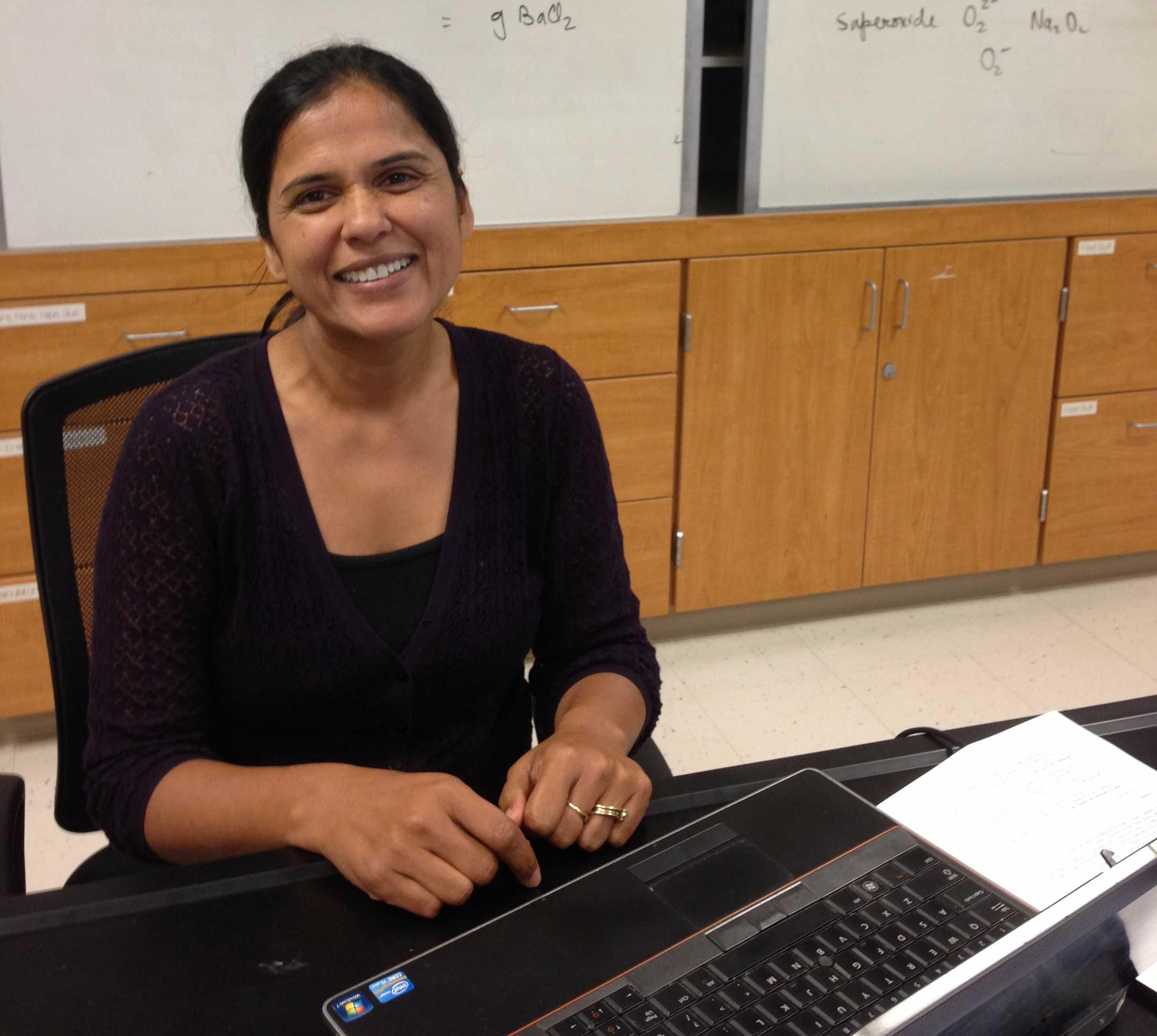 AP Chemistry teacher writes chemistry iBook | El Estoque