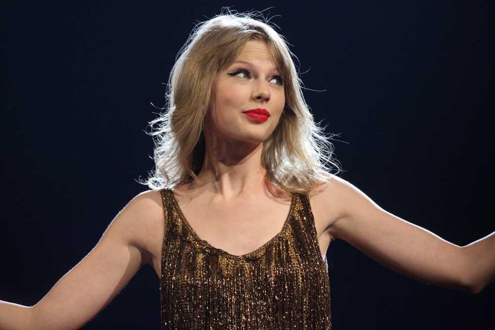 Taylor_Swift_(6966830273)