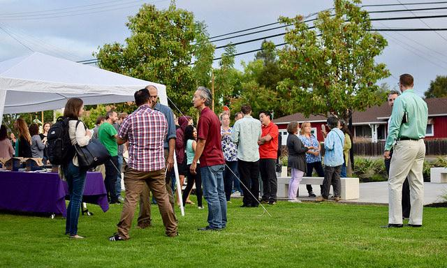 MVHS faculty eat bagels and coffee as they wait for the presentation to begin. All MVHS teachers and educators were invited to the presentation set up by FUHSD. Photo by Om Khandekar.