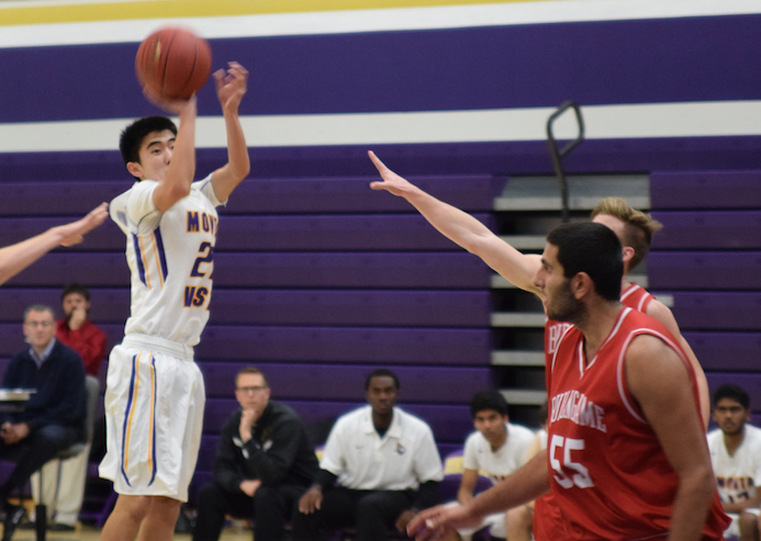 Ryan Lee pulls up for a mid-range jumper against Burlingame HS on Dec. 3. The Matadors' inability to hit shots all game led to their defeat. Photo by Pranav Iyer